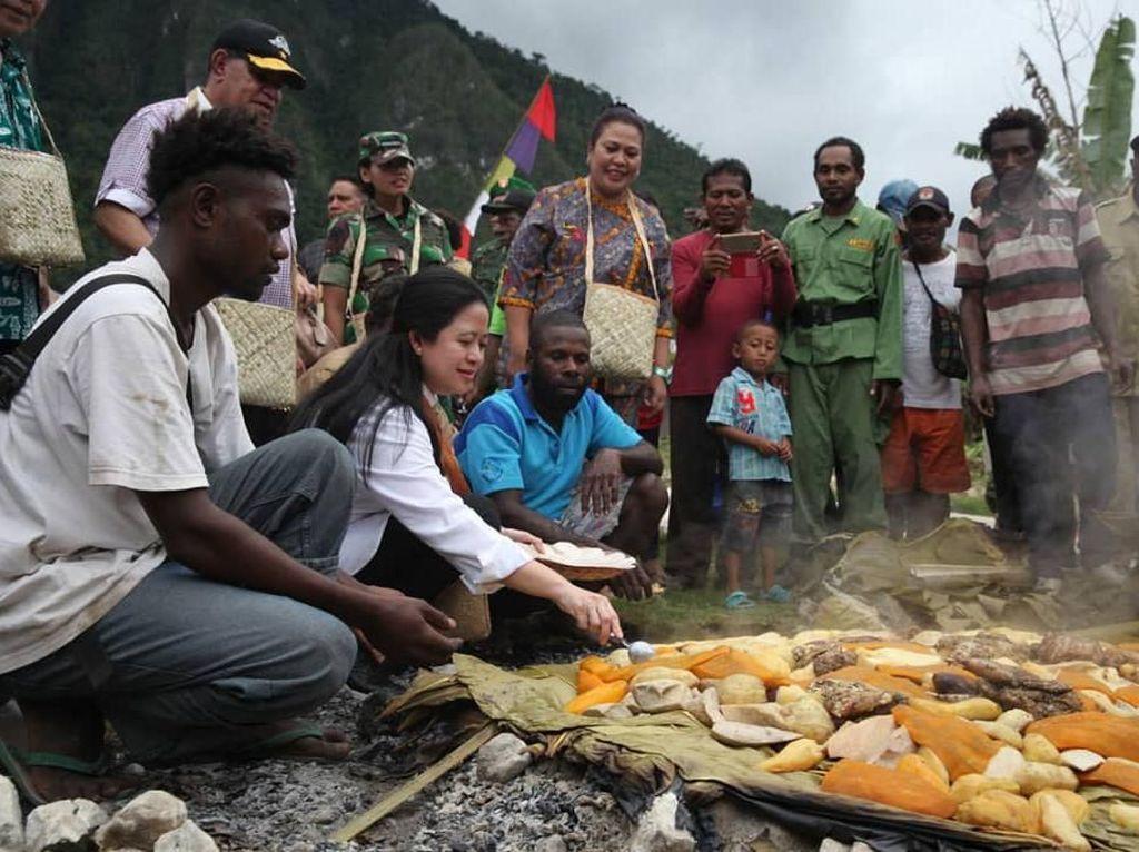 Puan Maharani Kenang Serunya Tradisi Bakar Batu di Papua