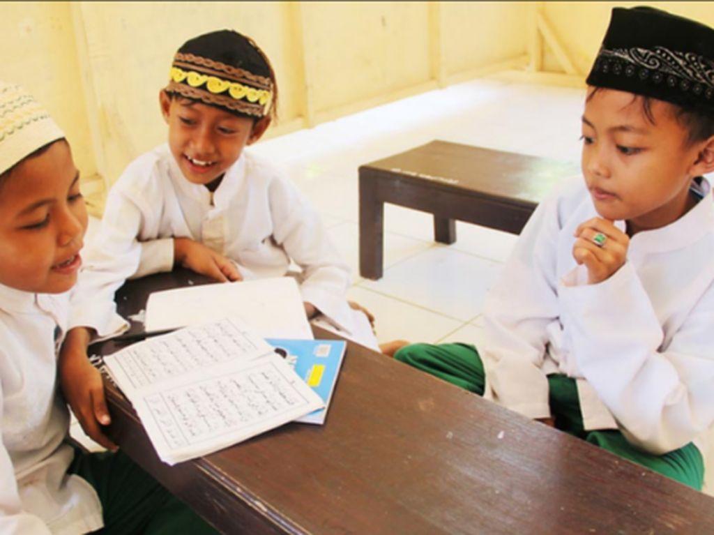 Bola Liar Penghapusan Pendidikan Agama