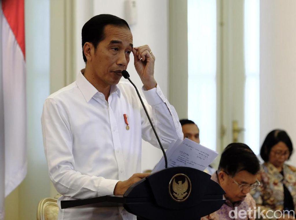 Buruh Demo Siang Ini, Jokowi Berkantor di Istana Jakarta
