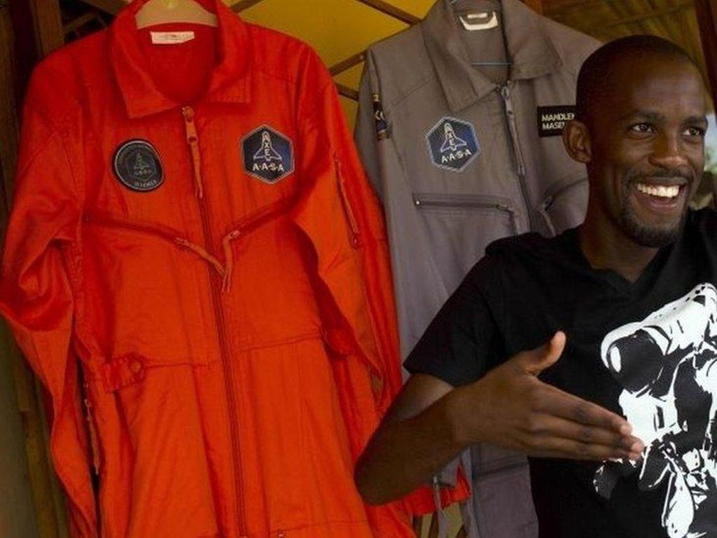 Calon Astronot Kulit Hitam Pertama dari Afrika Tewas dalam Kecelakaan Motor