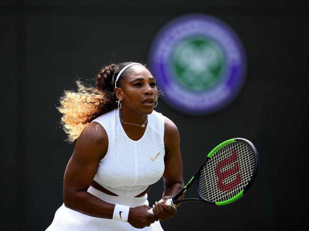 Merusak Lapangan Wimbledon, Serena Didenda Rp 141 Juta