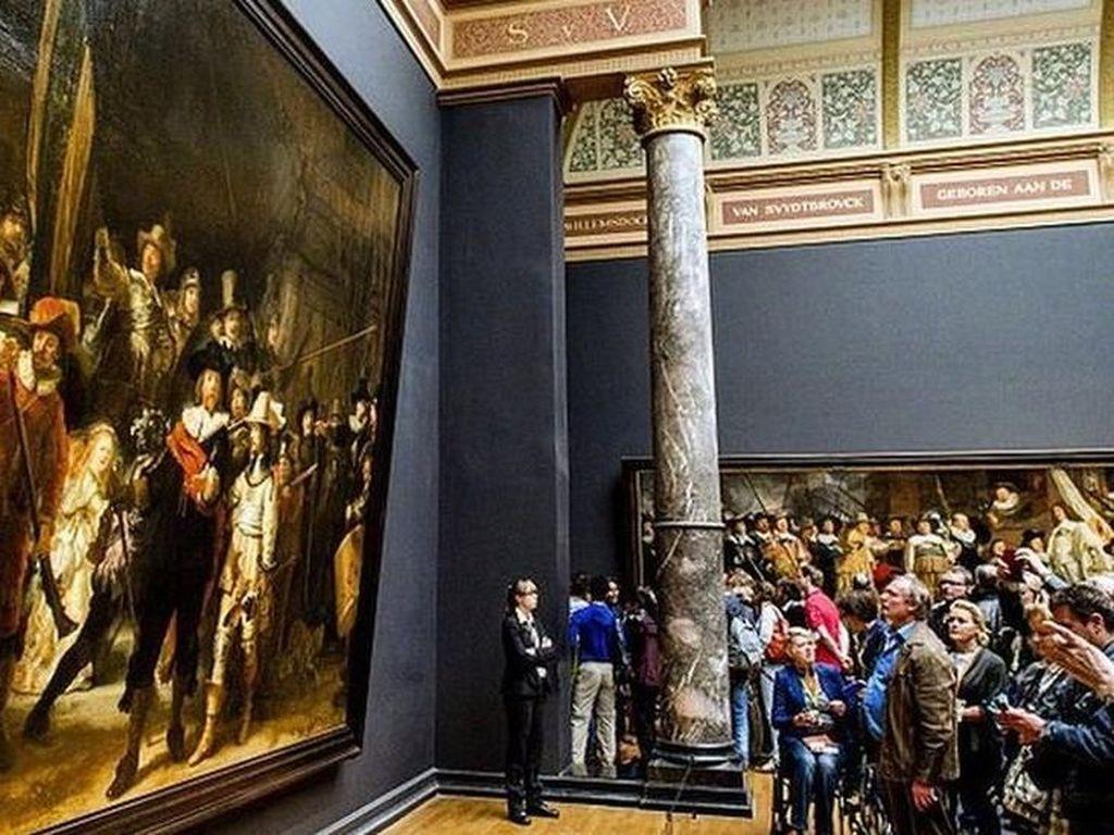 The Night Watch Karya Rembrandt Direstorasi dan Disiarkan Langsung
