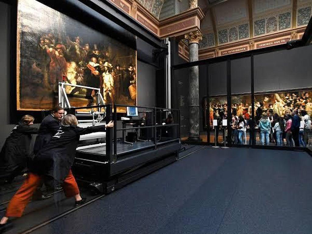 Restorasi Lukisan Rembrandt Senilai Rp 47,5 M Digelar Live Setahun