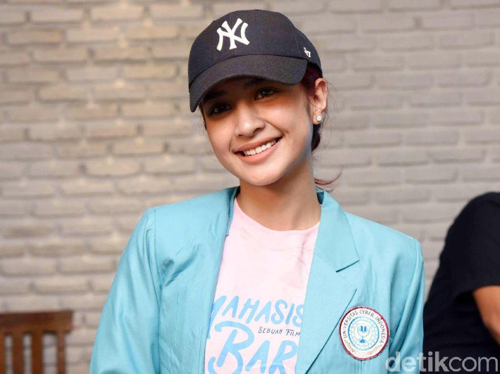 Tetap Berkarier di Indonesia, Mikha Tambayong Ambil S2 di Harvard University