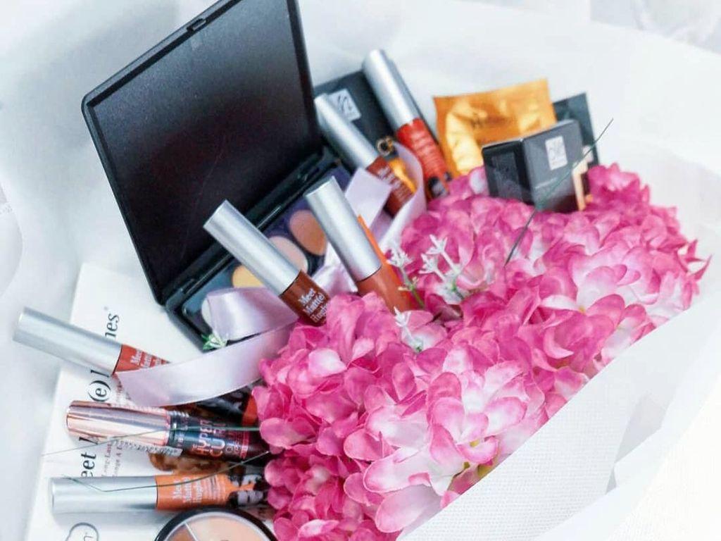 Tips Menggunakan Makeup Awet hingga 32 Jam