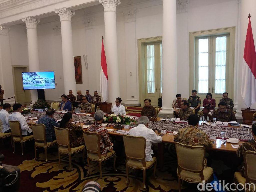 Jokowi Panggil Ganjar Pranowo Bahas Pertumbuhan Ekonomi Jateng