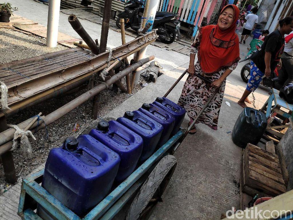 Krisis Air Bersih di Jakut, Pemprov Wacanakan Air Isi Ulang Gratis
