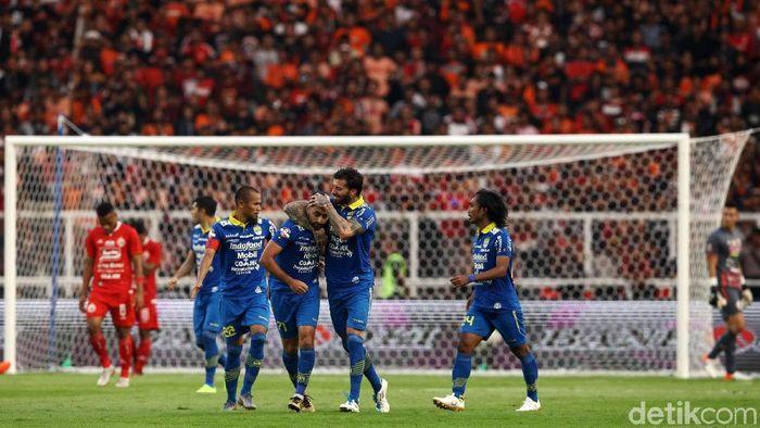 Pemain Persib Bandung saat seri melawan Persija Jakarta. Foto: Rifkianto Nugroho/detikcom)