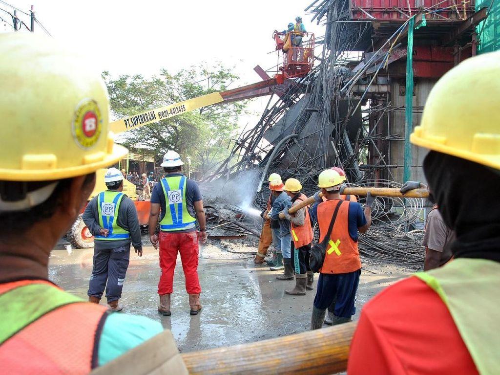 Beton Proyek Tol BORR Ambruk, BPJT Beri Warning Kontraktor