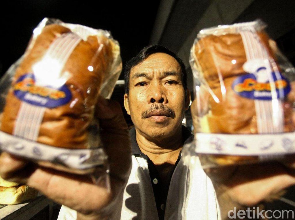 Turun Temurun Bisnis Roti Legendaris di Ibu Kota