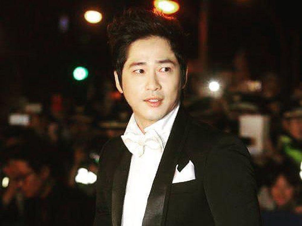 Korban Ungkap Kronologi Pelecehan Seksual Aktor Kang Ji Hwan