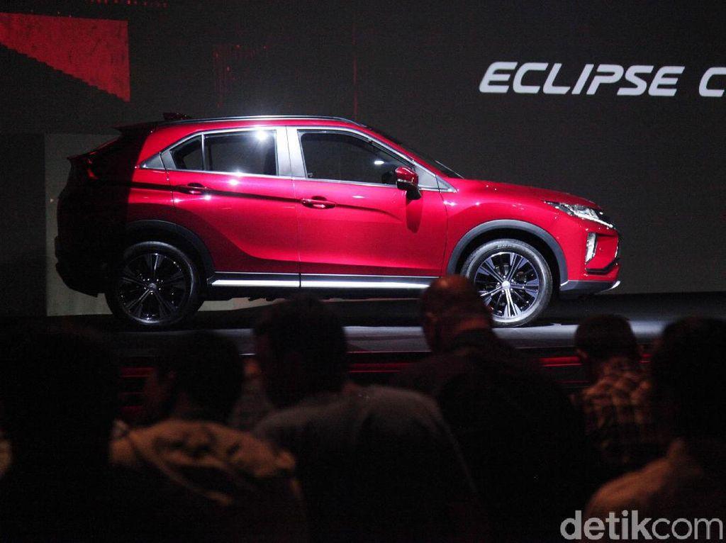 Mitsubishi Eclipse Cross Laris, Siapa Saja Pembelinya?