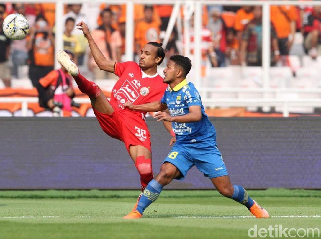 Persija vs Persib Masih Tanpa Gol di Babak Pertama