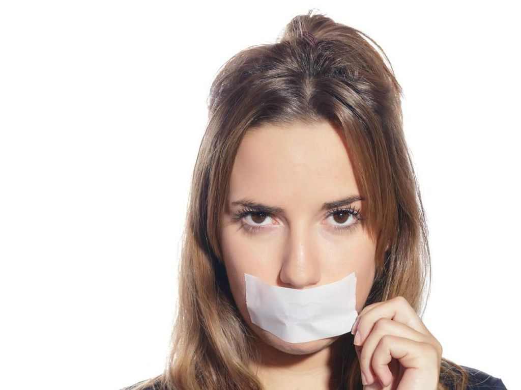 Kata Dokter Soal Tren Tidur Pakai Plester Mulut: Tak Bahaya, Tapi Buat Apa?