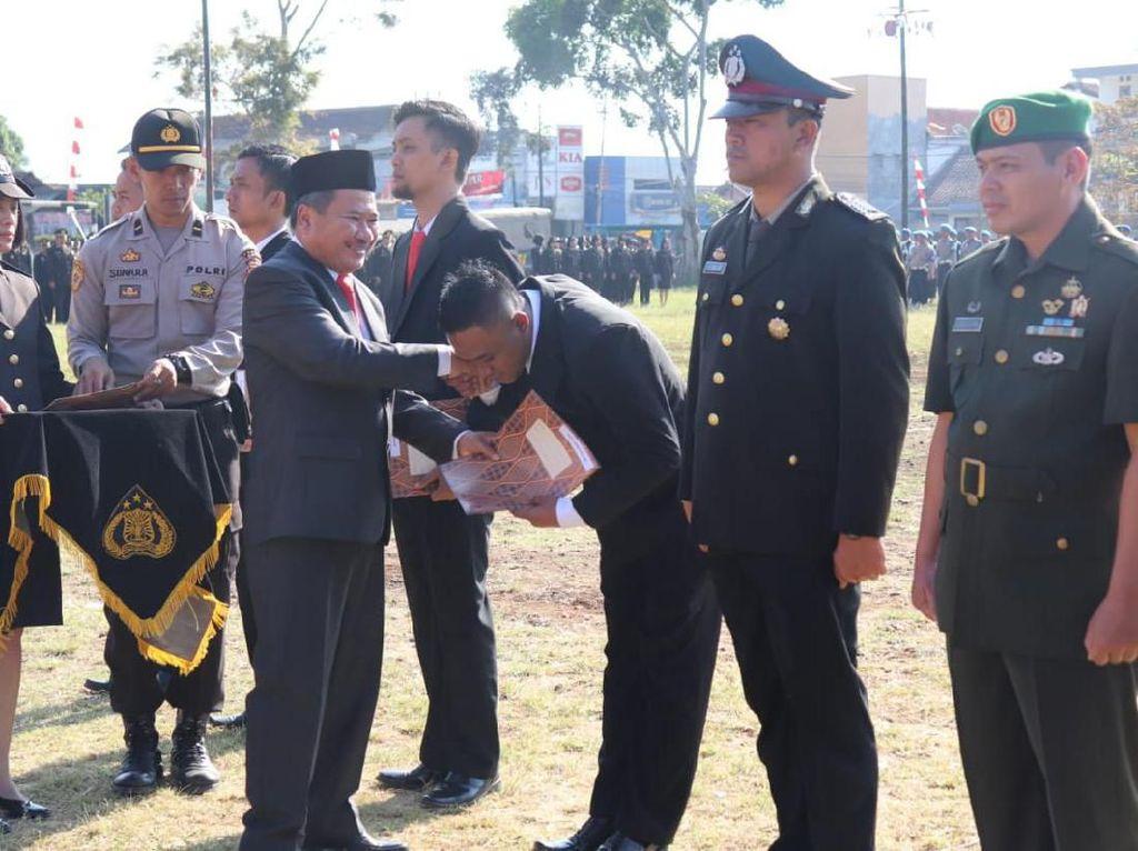 Ciduk Gembong Curanmor, Tim Resmob Polres Garut Diganjar Penghargaan