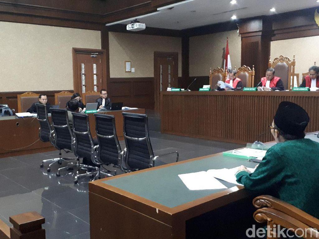 Jaksa KPK Bongkar Komunikasi Staf Menag: Silent dan Jumat Keramat