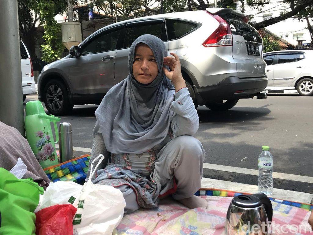 Kisah Pilu Fatima, Pencari Suaka Hamil 8 Bulan Telantar di Trotoar