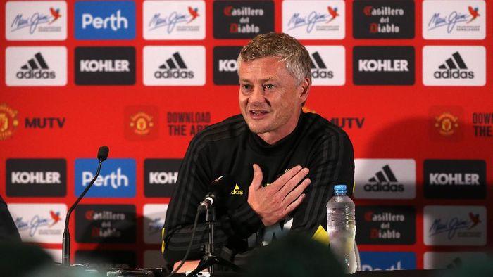 Ole Gunnar Solskjaer tak mau Manchester United membeli pemain yang kemahalan (Paul Kane/Getty Images)