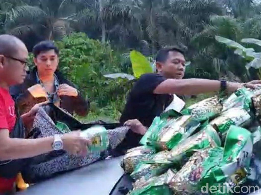 Polisi Tangkap 3 Kurir Sabu Jaringan Internasional di Riau