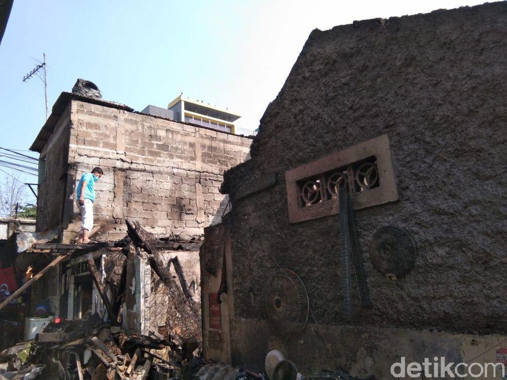 Gedung SD Bakal Dipakai, ke Mana Pengungsi Kebakaran Tebet akan Pindah?