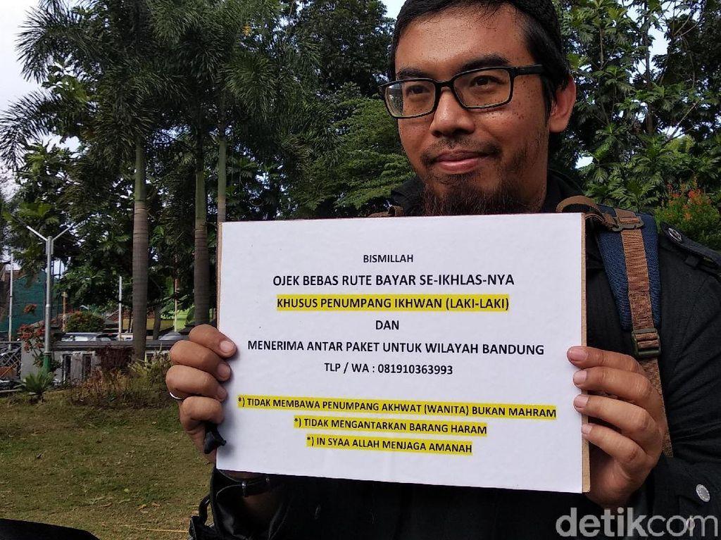 Kisah Herry, Tukang Ojek Khusus Lelaki di Bandung dengan Ongkos Seikhlasnya