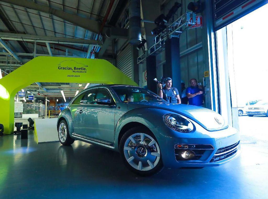VW Beetle Terakhir Dijual di Amazon
