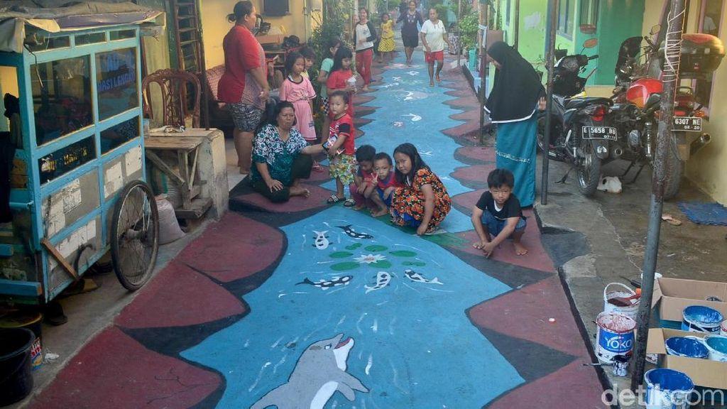 Asyik, Ada Mural 3D Hiasi Gang di Kampung Pulo Cirebon