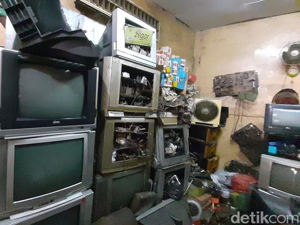 Alasan di Balik Masih Bertahannya Bisnis TV Jadul