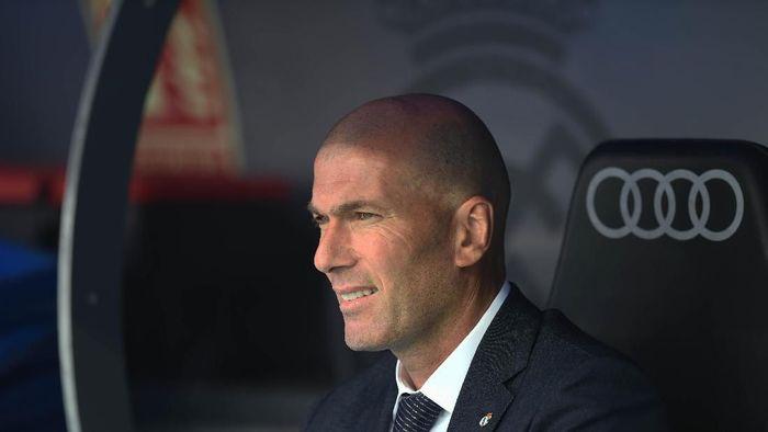 Zinedine Zidane tinggalkan sesi latihan pramusim Real Madrid karena urusan pribadi (Denis Doyle/Getty Images)