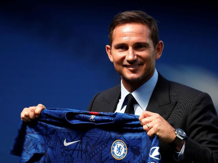 Frank Lampard bakal membuat Chelsea solid lagi musim depan (John Sibley/Reuters)