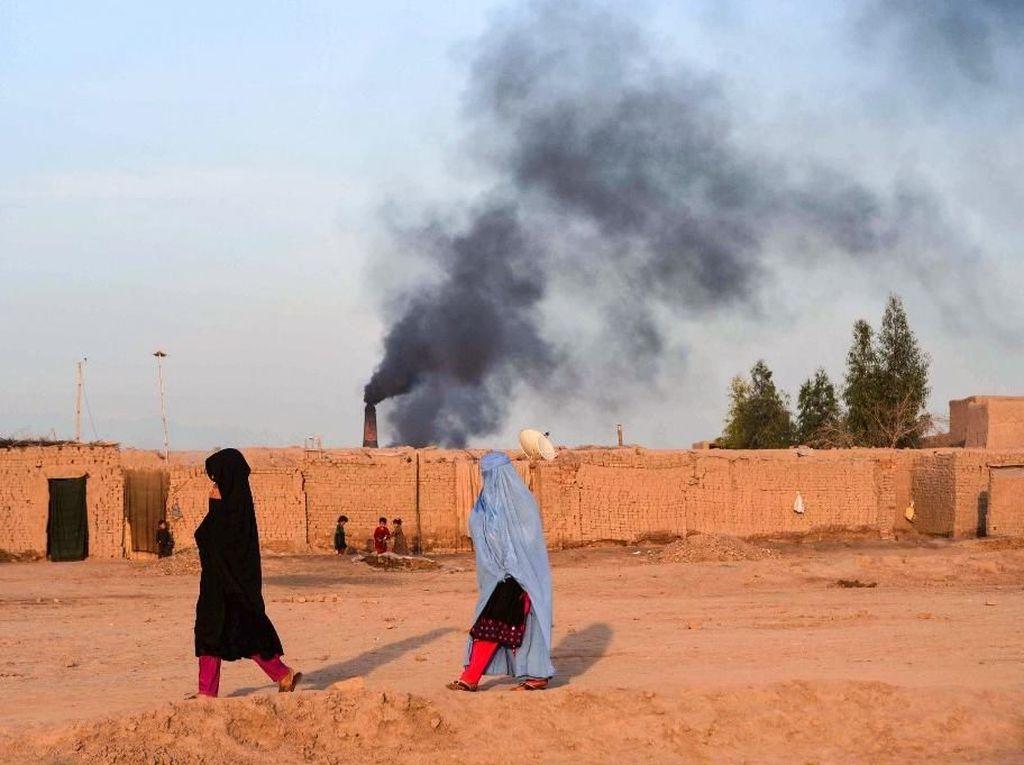 Serangan Udara Tewaskan 8 Warga Afghanistan