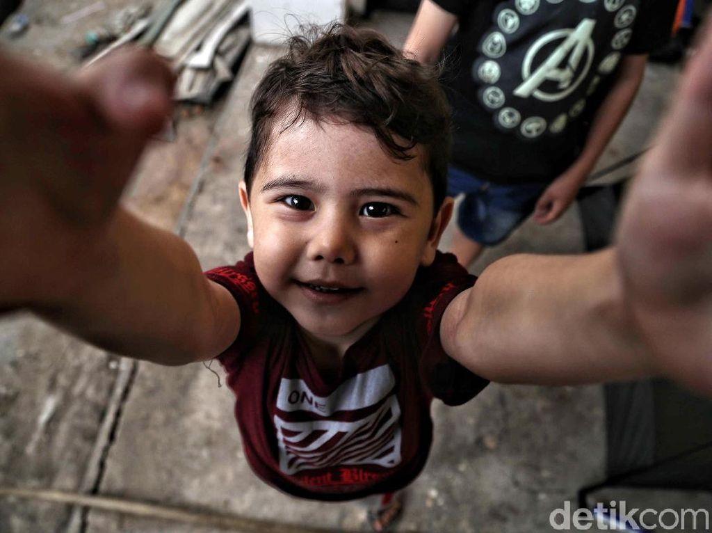 Kondisi Anak-anak Pencari Suaka di Pengungsian
