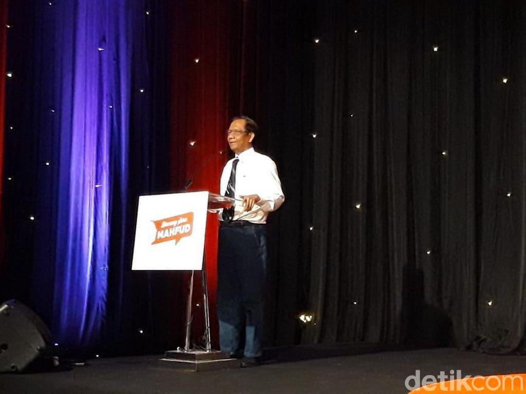 Mahfud Md Ajarkan Milenial Sila Ke-1 Pancasila Lewat Syair Chairil Anwar