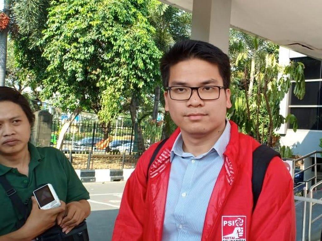 Sebut Grace Natali Bukan Pemilik PSI, Ninoy Karundeng Dipolisikan