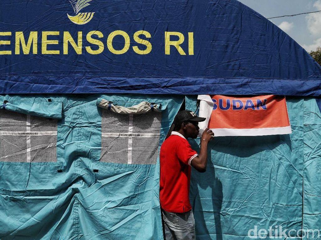 400 Pencari Suaka Masih di Kalideres, Pemprov DKI: Kami Hentikan Hari Ini