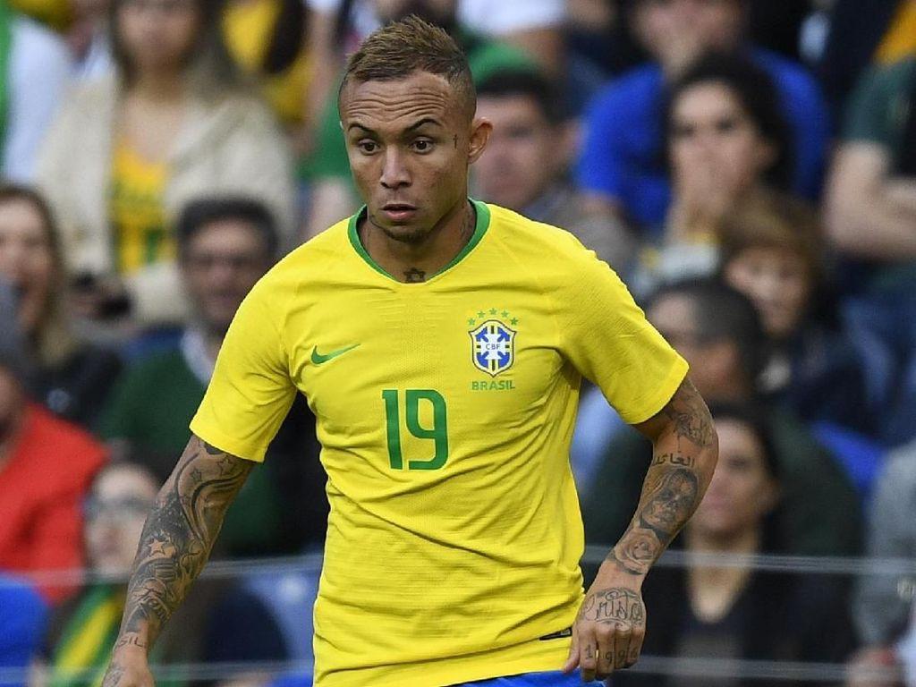 Rumor Transfer: Pantau Everton, MU Kirim Orang ke Brasil