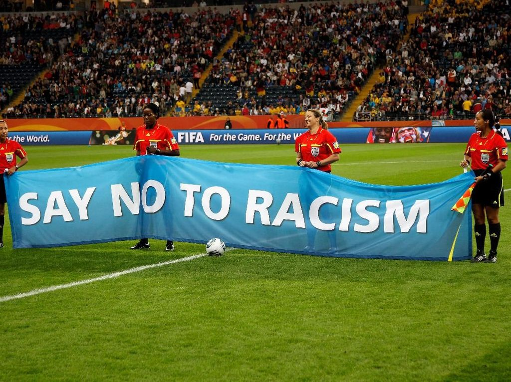 Aturan Baru FIFA: Pelaku Rasial Dilarang Bertanding Minimal 10 Laga