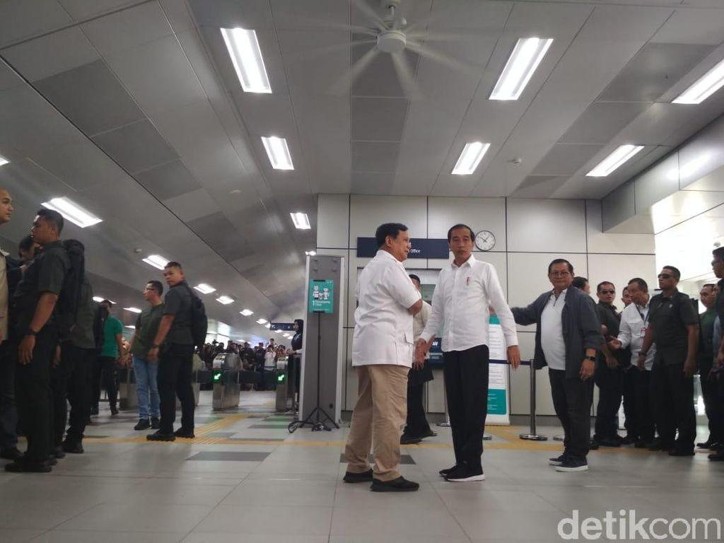MRT Jakarta Jadi Saksi Pertemuan Jokowi-Prabowo