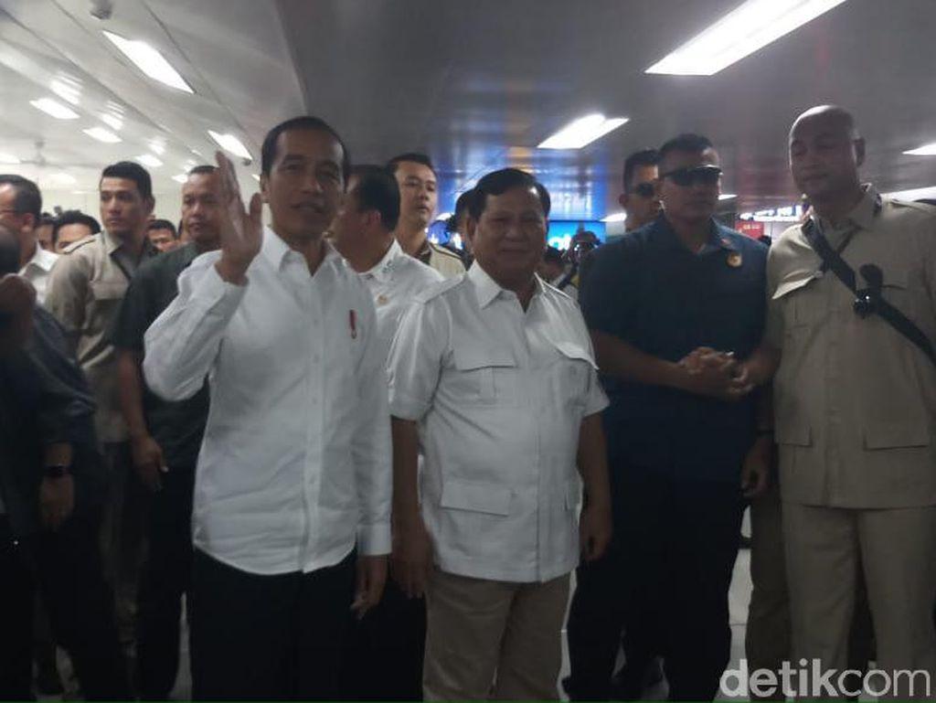 Canda Jokowi: Saya Tahu Pak Prabowo Belum Pernah Coba MRT