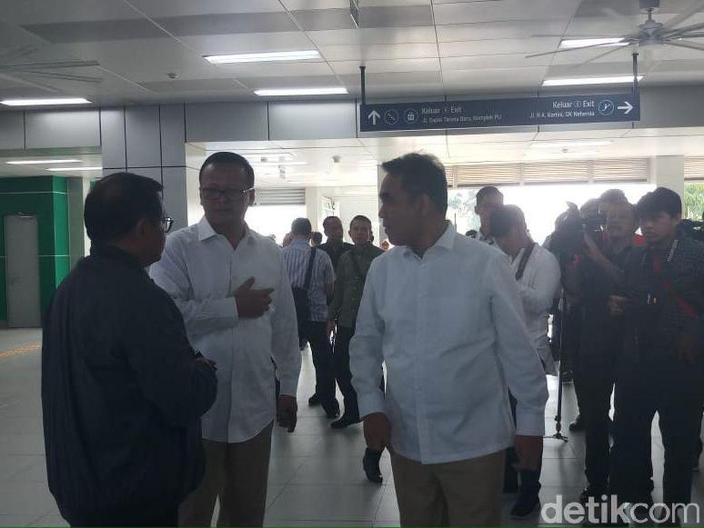 Pramono Ungkap Pertemuan Penting, Erick Tohir-Muzani Tampak di MRT Lebak Bulus
