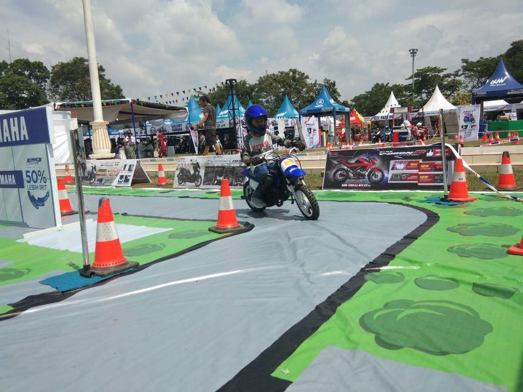 Melihat Aksi Para Bikers Cilik Jajal Motor di BYMS Binjai