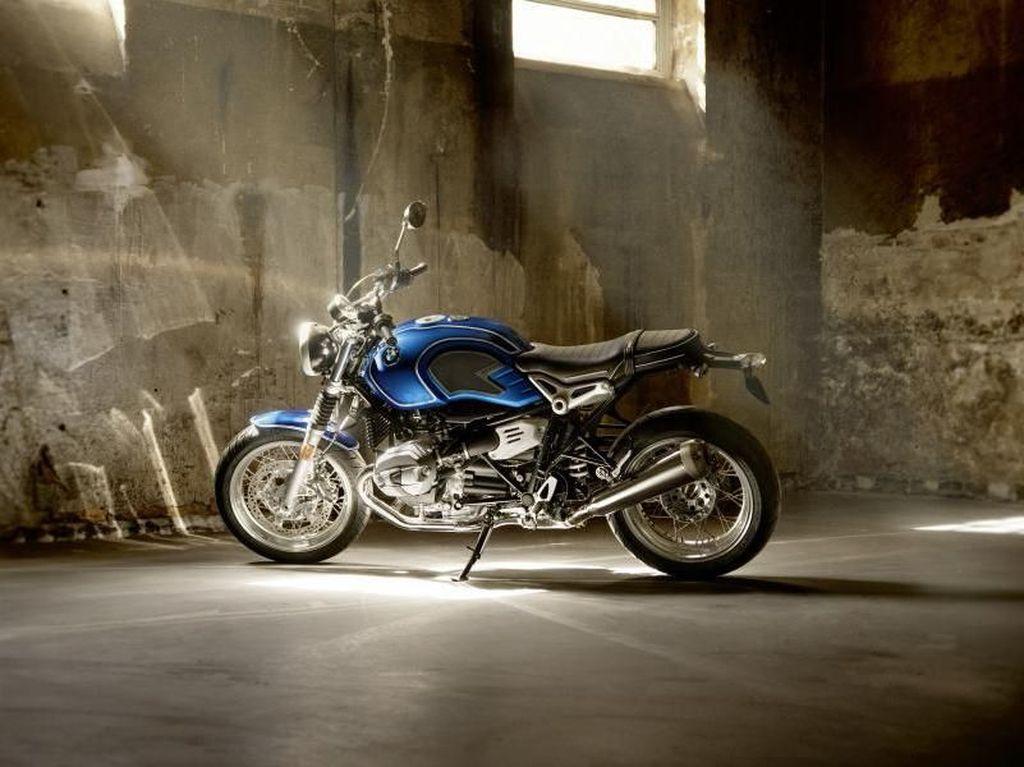 BMW R Nine T Edisi 50 Tahun
