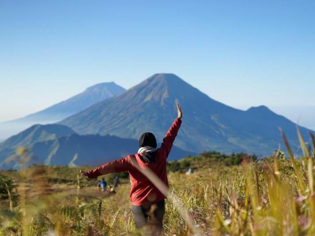 Kamu Anak Gunung? Pasti Jatuh Cinta dengan Gunung Prau