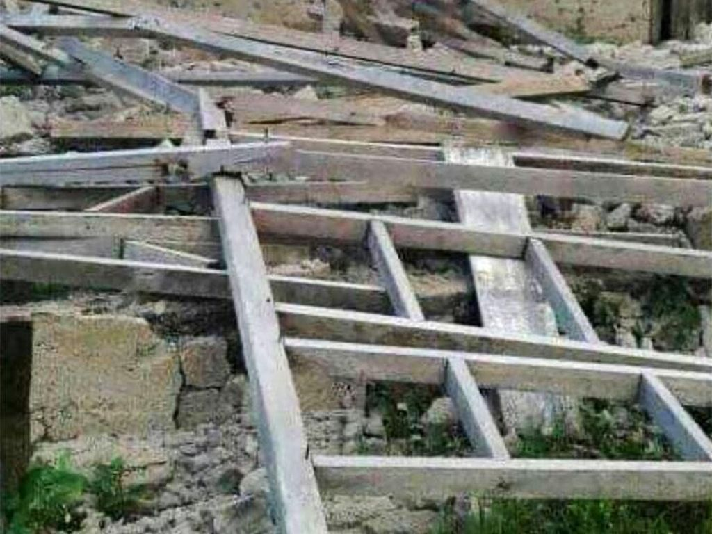 BMKG Imbau Warga Jauhi Bangunan Rusak Akibat Gempa M 7,2 Pulau Bacan