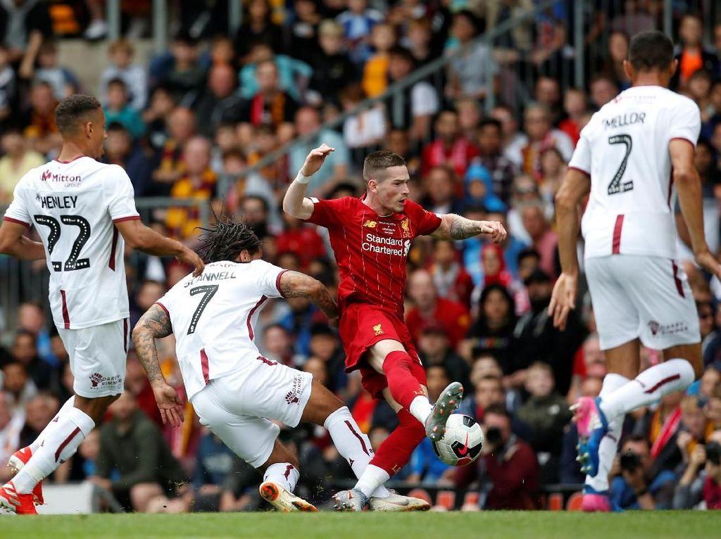 Laga Uji Coba: Milner Dua Gol, Liverpool Atasi Bradford City 3-1