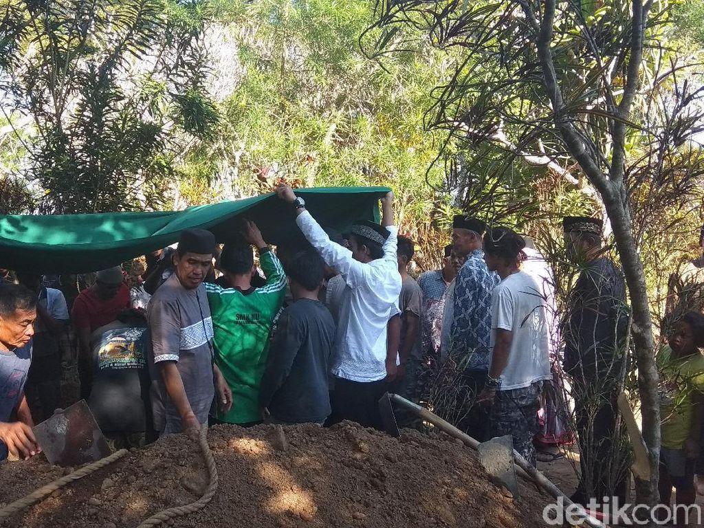 Jasad Korban Mutilasi Dimakamkan di Temanggung, Tanah Kelahirannya