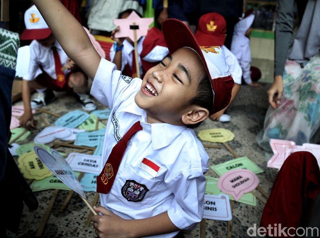 Intip Aktivitas Seru Siswa SD di Hari Pertama Sekolah