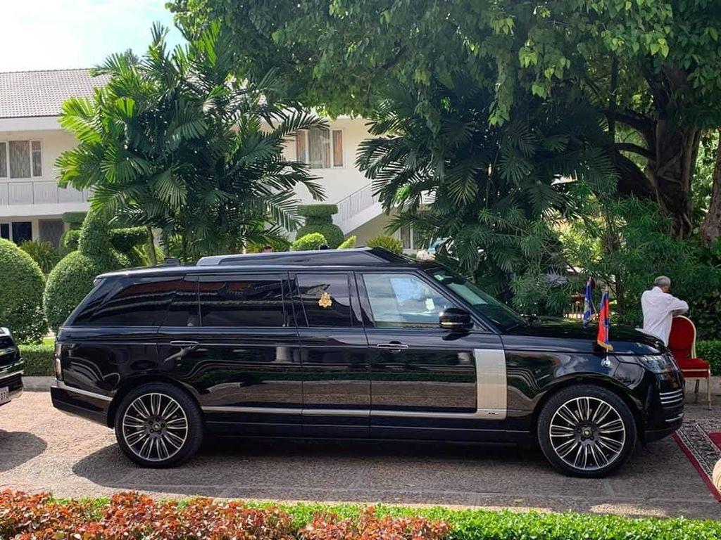 Bukan Mercy seperti Jokowi, Raja Kamboja Pakai SUV Anti-peluru