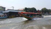 Menyusuri Sungai Jalur Transportasi Vital Warga Bangkok