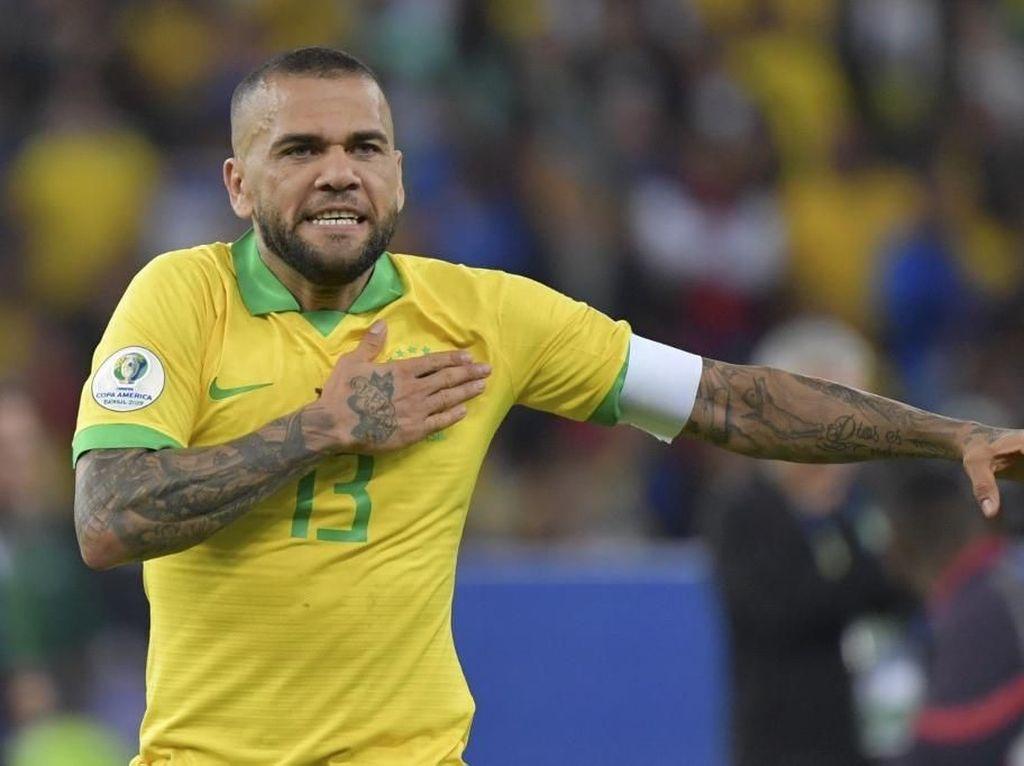 Mimpi Besar Dani Alves: Main di Piala Dunia 2022